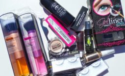 FWB (Friends With Blogs): @Krissy90220 Ultimate Bombshell Giveaway