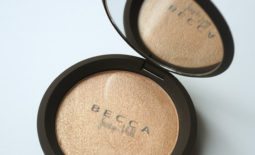 "Quick Review: Becca x Jaclyn Hill ""Champagne Pop"" Shimmering Skin Perfector [Swatched on Brown Skin]"