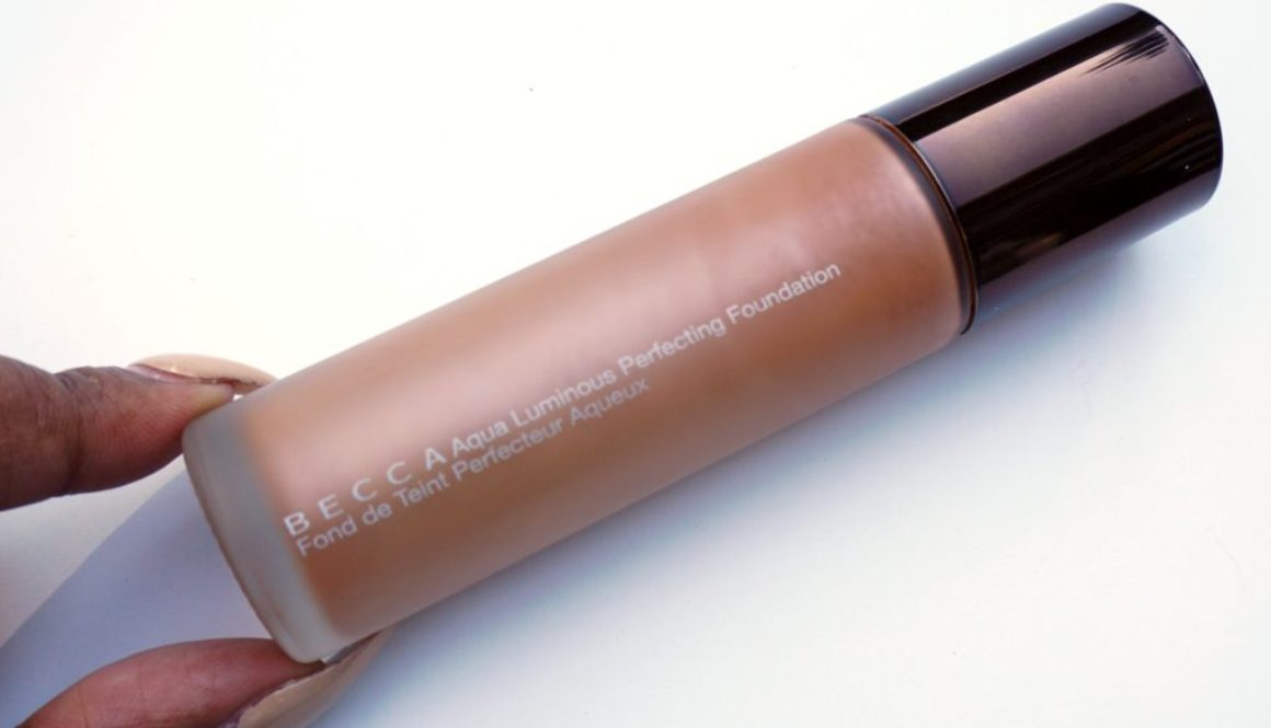 Review: BECCA Aqua Luminous Perfecting Foundation in Dark Golden
